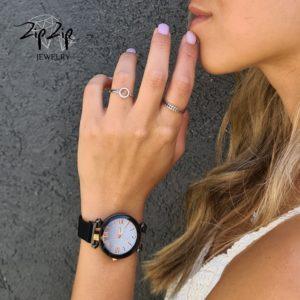 """טבעת כסף 925 """"מעגל החיים"""" גמישה מעגל משובץ זרקונים"""