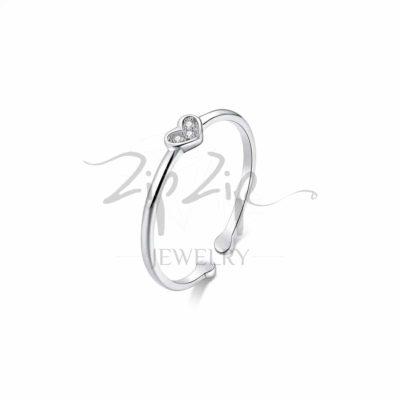 טבעת כסף 925 ''לילי'' גמישה לב משובצת באבני CZ שקופות RZ453