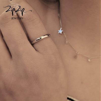 טבעת כסף 925 גמישה בשיבוץ אות Z וזרקונים RZ4120