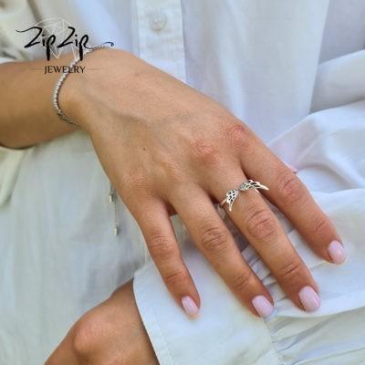 """טבעת כסף 925 """"מייקל"""" גמישה בשילוב כנפיים וזרקונים RZ434"""
