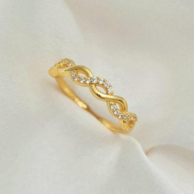 """טבעת כסף 925 בציפוי זהב """"נור"""" גמישה אינפיניטי"""